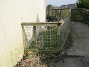 Site for rubbish bin ?